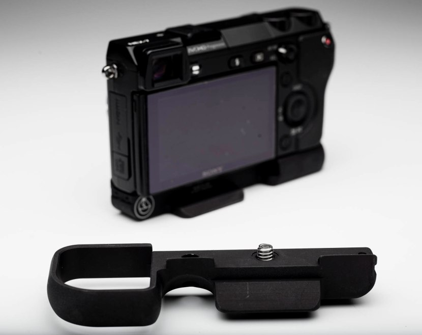 Accesoory camera grip for Sony NEX 6 & NEX 7 digital mirrorless cameras.